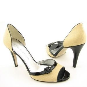 👠 Marc Fisher Synna2 open toed heels